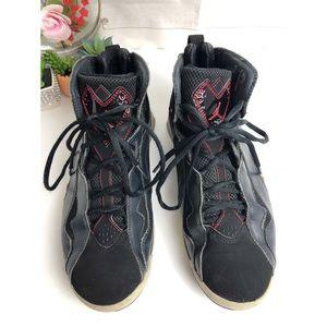 Jordan sneakers True Flight black red silver